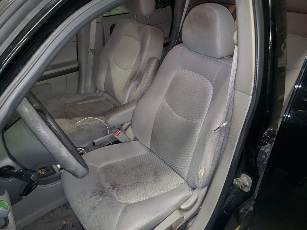 2009 Chevrolet HHR Cloth to Leather Conversion